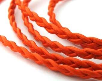 LRB0531720) 1 meter of 3x1mm Orange Round Braided Leather Cord