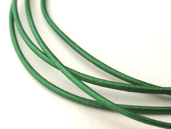 LRD0115048) 1.5mm Lawn Genuine Metallic Round Leather Cord.  1.5 meter, 3 meters, 5 meters, 10.4 meters.  Length Available.