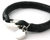MCBC010422) 8mm Genuine Round Leather with Round Charm 316L Stainless Steel Shrimp Clasp Bracelet (20cm)
