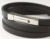 "MCBC010136) 5mm Genuine Flat Leather 316L Stainless Steel Rectangular Clasp Bracelet (18.5cm / 7 5/16"")"
