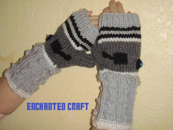 Items similar to Doctor Who Fingerless Gloves DALEK style ...