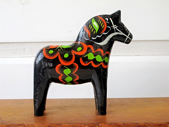 Vintage Scandinavian Dala Horse, Hand Painted Wood by Olsson Black
