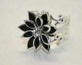 Urban Cowgirl Ring - Black Flower