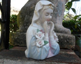 VTG  Porcelain Lady Bust Springtime Mary Praying Pensive Moment Icon