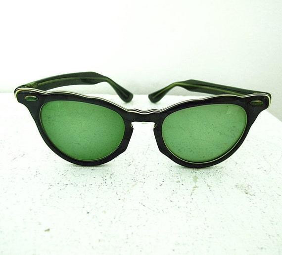 Vintage Cat Eye Eyeglasses Sunglasses Green White Pinstriping Original Case Boston Optometrist