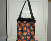 Quilted Bag/Tote..Autumn Halloween Tote. Cotton Fabric Trick or Treat Bag..SALE..Pumpkins/Candy Corn..Polka Dot Lining..Ready to Ship