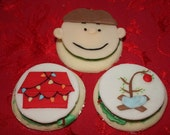 It's Christmas Charlie Brown Inspired Cupcake Cookie Topper