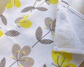 linen cotton Tea Towel in Cotton Flower yellow/beige