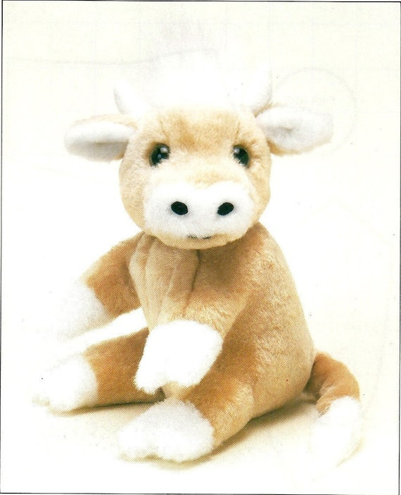 PDF Sewing pattern for Beatrice the cow.
