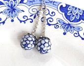 delft blue earrings delft blue jewelry dangle earrings Delft Holland white and blue blue dangle earrings  M