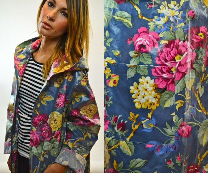 Grunge Revival Hooded Floral Rain Jacket Slicker Extra Small