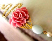 Romantic Resin Flower Necklace, Feminine pretty, Great Gift