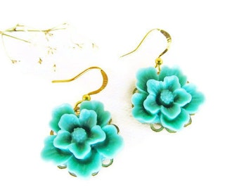 Seafoam flower earrings, Simple and Romantic Earrings, seafoam  flower, great gift for holiday