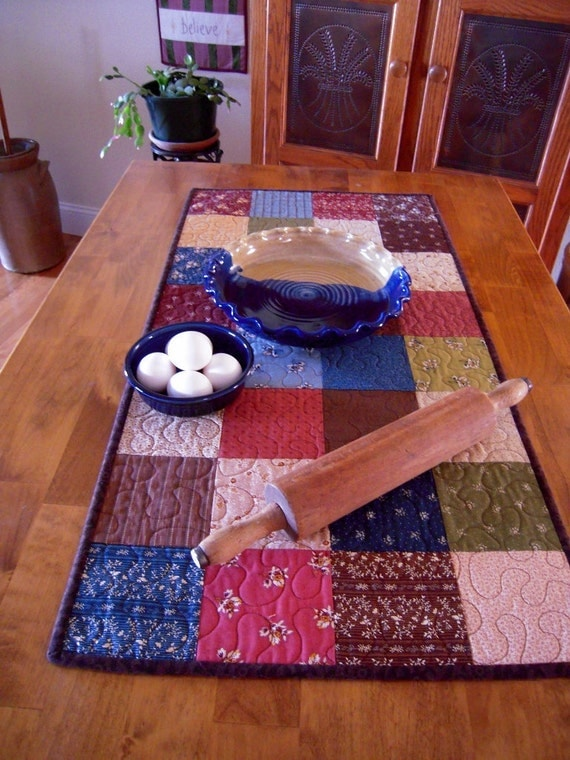 Quilted Table Runner, Patchwork Table Runner, Table Topper, Primitive Home Sweet Home