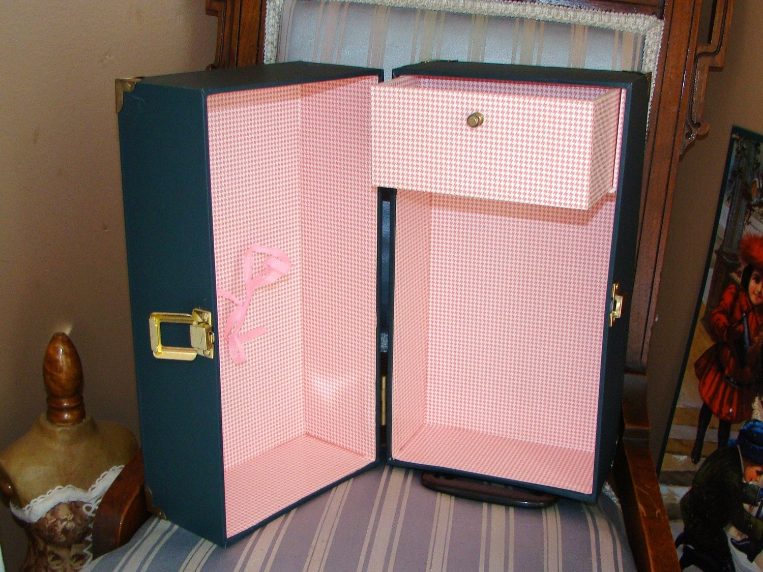 Vintage Fashion Doll Carrying Case Box With Pink Gingham Style