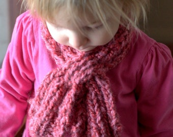 Knitting Pattern: Child's Looped Scarflette (PDF)