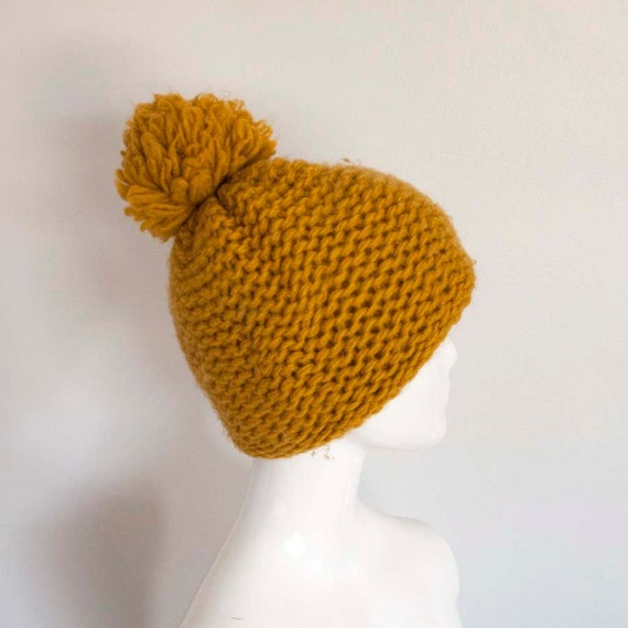 60s Pom Pom Gold Thick Knit Slouchy Hat