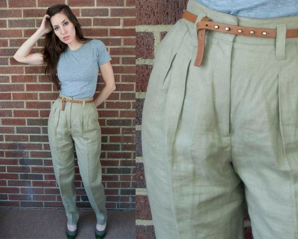 80s Vintage Khaki Linen Pleated Pants. High Waist. Tapered Leg