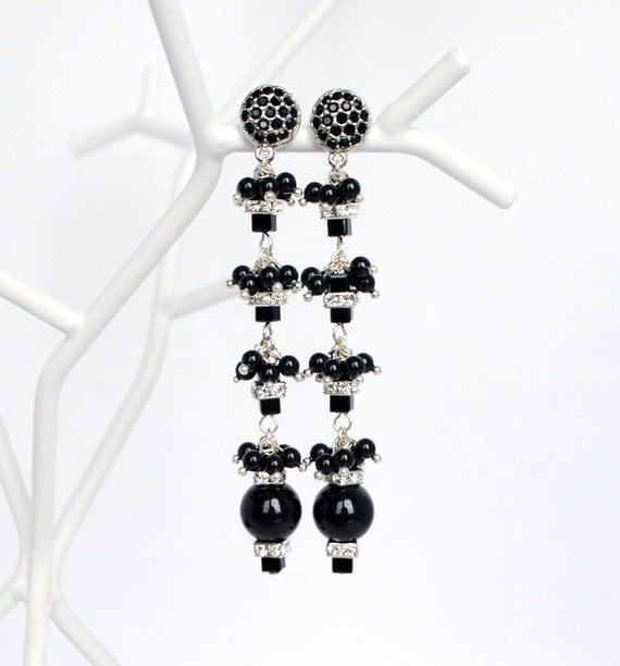 Black Pearl Crystal Earrings, New Years Eve Burlesque Cocktail Jewelry, Bridesmaids Made of Honor Earrings, Comunion Earrings