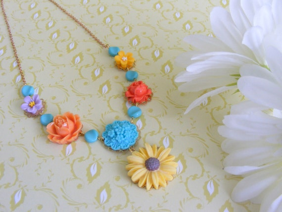 Flowers necklace, brass chain, multiclolor flowers.