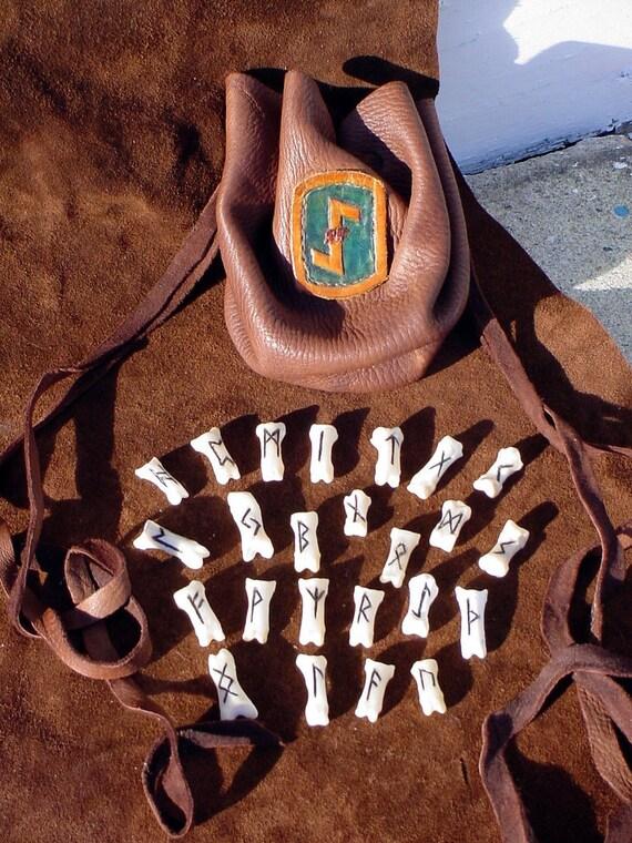 OBSIDIAN BLACK Futhark Ursus americanus bear Bone Rune Set with Deerskin Bag High Quality heathen norse pagan primitive arts