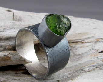 Peridot Textured and Oxidized Silver Ring