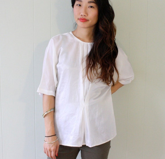 80s White Pleated Batwing Top SIZE S M