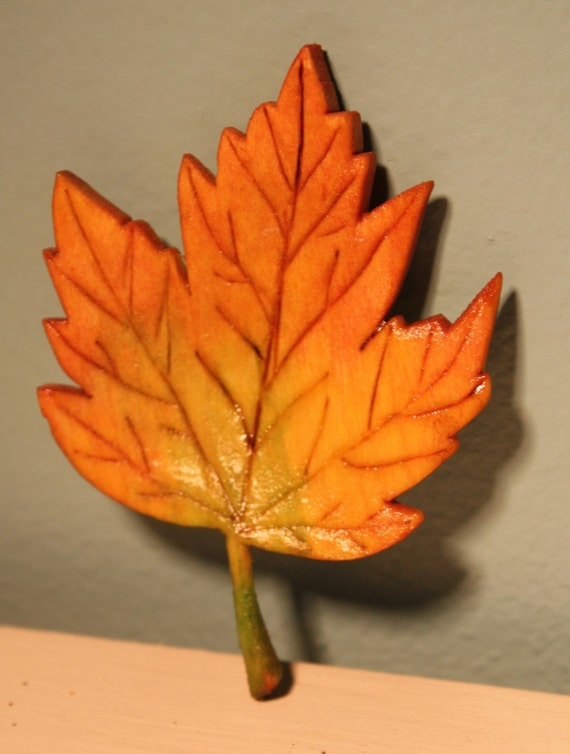 Maple Leaf Personalized Gift Lapel Pin Magnet Ornament