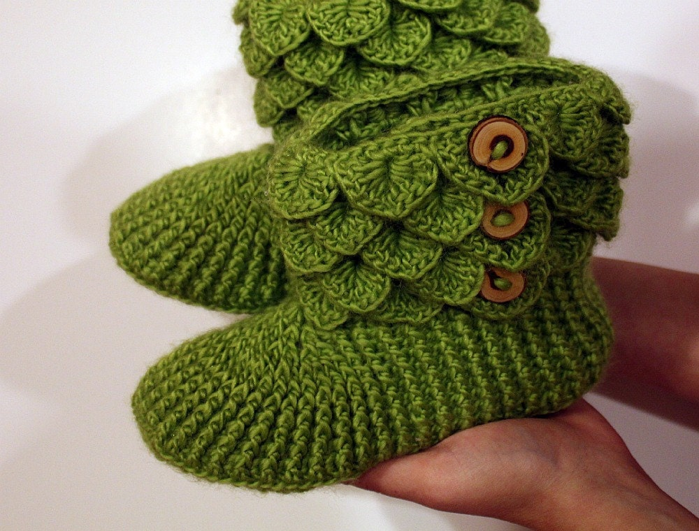 crochet pattern bottines point crocodile taille adulte. Black Bedroom Furniture Sets. Home Design Ideas