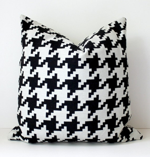 RESERVED set of 4 Modern classic Houndstooth Designer Pillow 18x18 Black Cream white Accent Cover Geometric noir large scale mod geometric