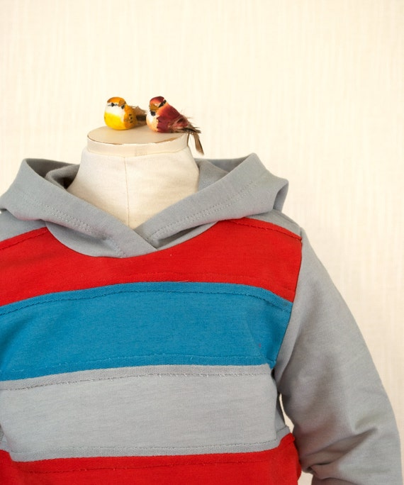 Boys hoodie and sweatpant outfit red, blue and gray... 2/3T