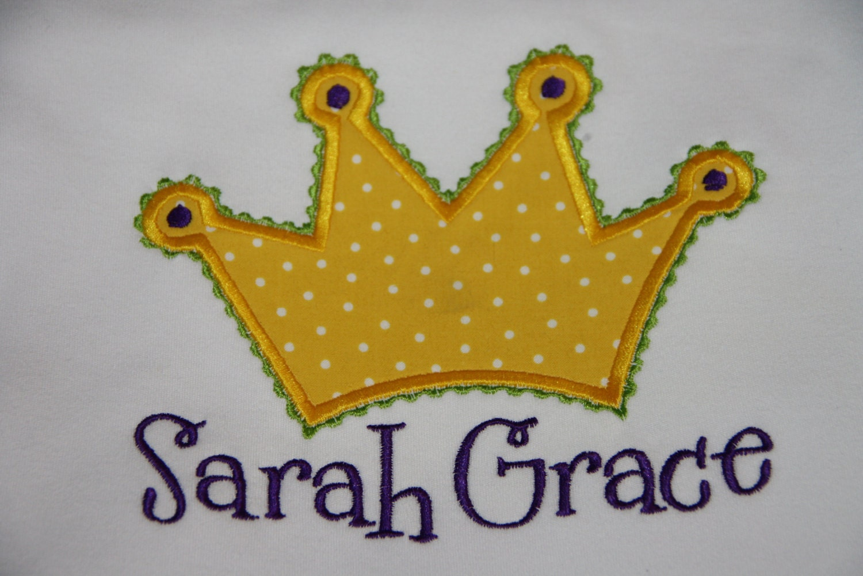 Crown applique machine embroidery design