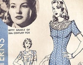 1940s Hollywood Vintage Sewing Pattern 830 Betty Grable Dress Bust Size 36