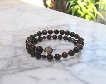 Natural Red Stone and Crystal Base Root Chakra Healing and Balancing Bracelet