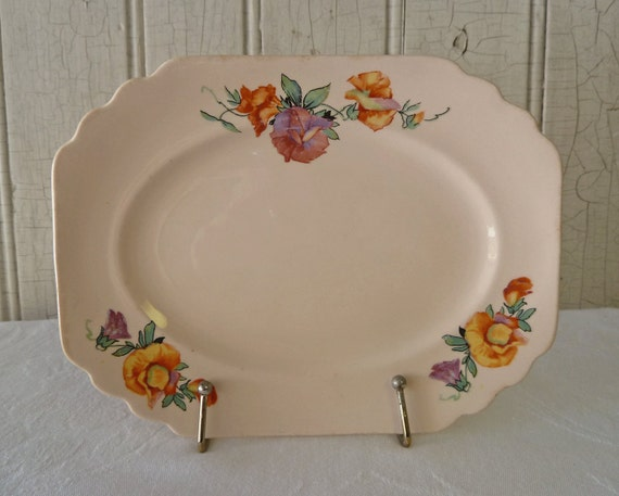 Vintage Shell Pink Plate with Orange and Rose-colored Sweet Pea Flowers