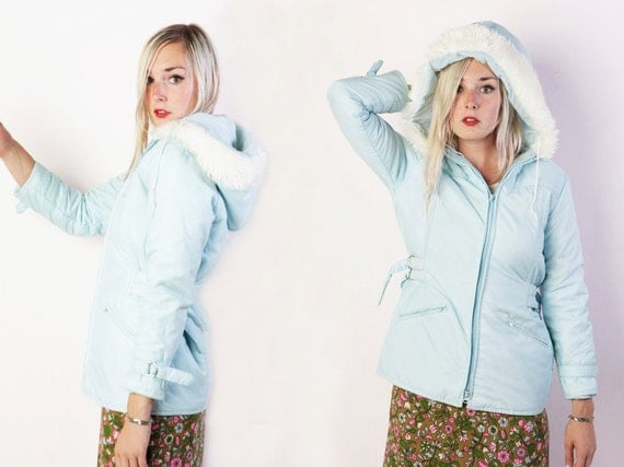 vintage 70's Sears brand baby ice blue winter coat with white faux fur hood snow bunny women's