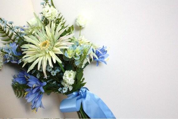 Blue Wildflower Silk Bouquet with Gerber Daisies, Summer Wedding, Spring Wedding, Outdoor Garden Wedding, Green, White, Bluebells