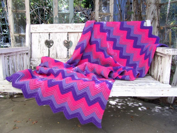 Reserved- Vintage CHEVRON Granny Blanket PINK PURPLE Vintage Clothing by TatiTati Vintage on Etsy