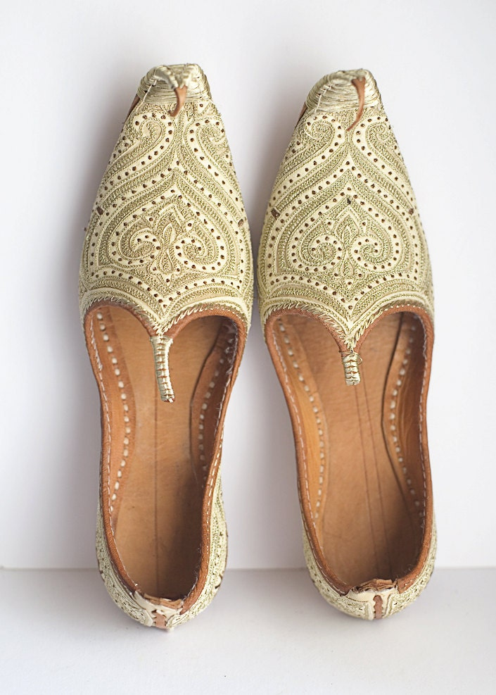 Moroccan Leather Shoes Slippers Gold