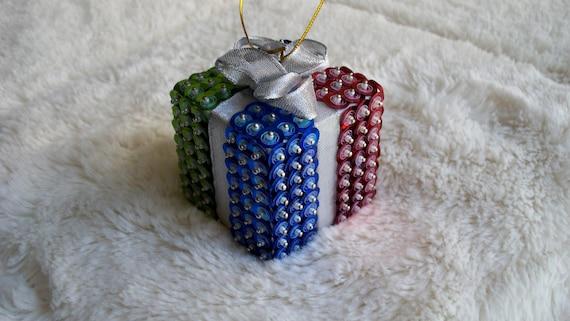 4 Color Sequin Bead Christmas Present Ornament