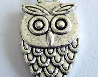 30Pcs/30Pieces 30 Beads Double Sides Alloy Metal Owl Pendant Base Link Spacers Beads Finding 17mm x 9mm   ja334