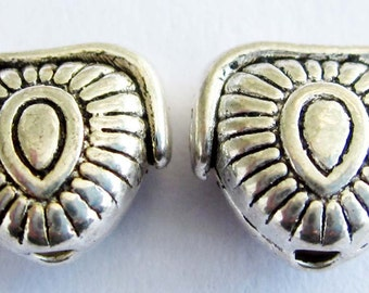 20Pcs Vintage Style Double Faces Alloy Metal Heart Beads Finding Jewelry Accessories/20Pieces 10mm x 9mm  ja341
