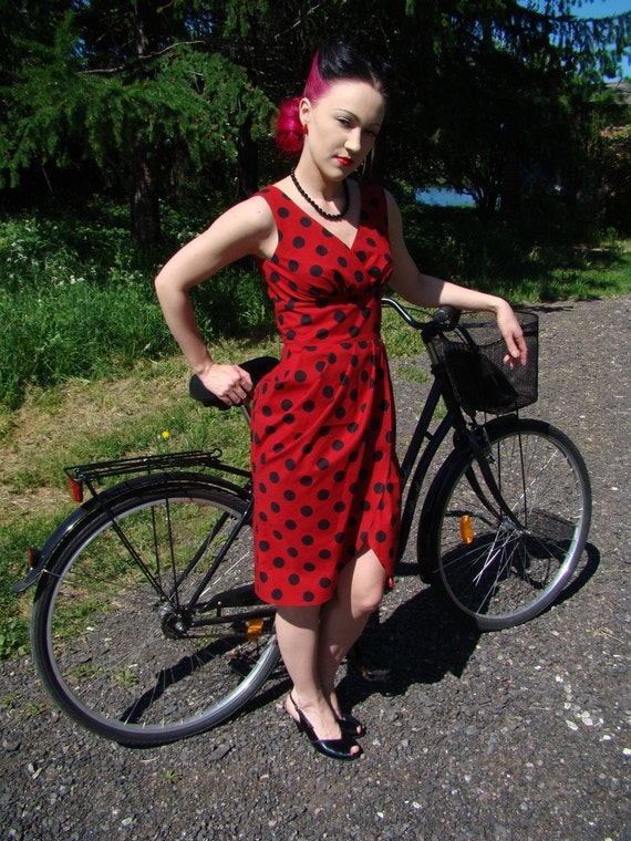 Last Chance SALE Polka dot dress red cotton with black dots, Sheath dress, US 6
