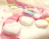 Love Rocks(set of 10) Party Favors with Guests' Names,engraved party favor ,wedding Favors (fake rock)