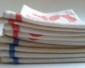 Set of 8 vintage cloth napkins