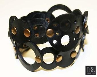 Wrap rubber circle bracelet