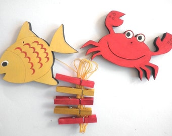 Children's  Artwork display hanger- Red crab and yellow fish -sea friends decor -kids wall art, kids art hangers, children wall decor