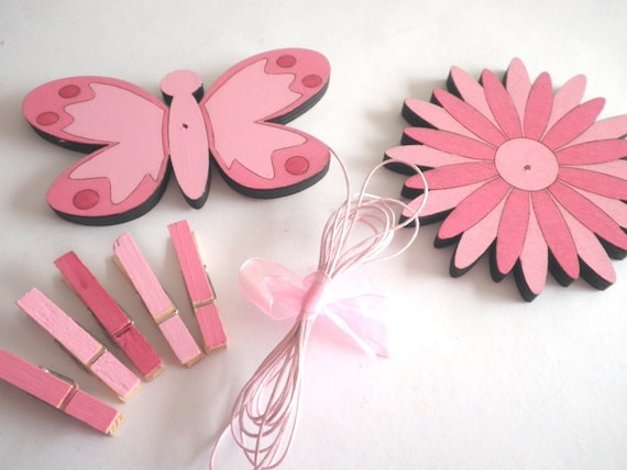 Children's  Artwork display hanger- Flower and butterfly- Pink- kids wall art, pink wall art for girls, baby shower decoration