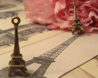 10pcs of Antique Bronze 3D Eiffel Tower Travel Theme Charms Pendants Drops D03-Rd