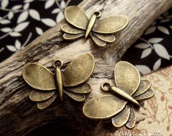 6 pcsof Antique Bronze Vintage Butterfly Charms Pendants Drops A60-Rd